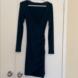 FOREVER 21 Long Sleeve Ruched Tulip Dress